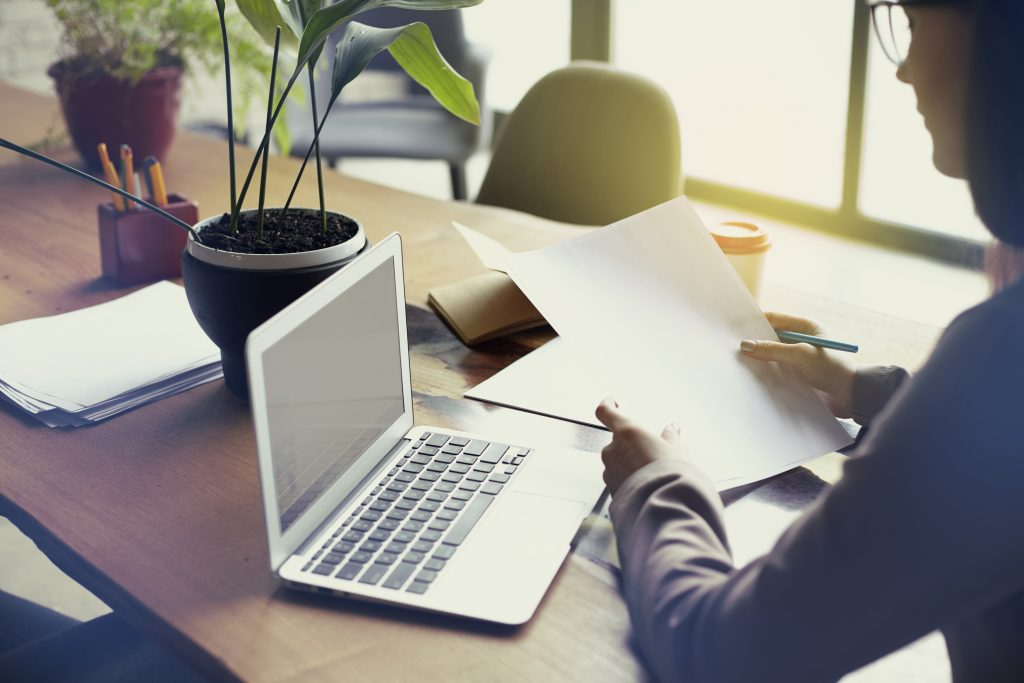 Melhorar o dia a dia é palavra de ordem para qualquer empresa. No ramo de imóveis, um sistema de gestão para imobiliárias pode ser a ferramenta ideal para melhorar a gestão.